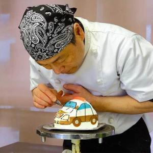 愛車型ケーキ 製作中の画像