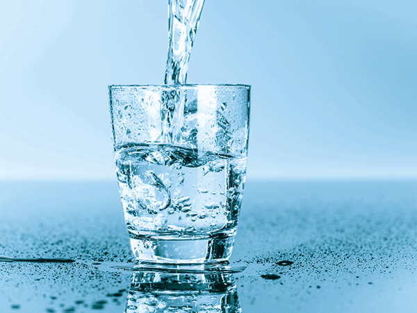 ポータブル浄水タイプで「いつでも・どこでも」美味しい水が飲める